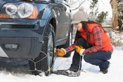 winter-driving-safety-exploring-europe-by-car-snow-chains-auto-europe