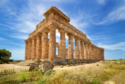 Attractions in Sicily: Ancient Temple Tours