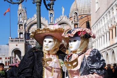 Things to Do in Venice: Join the Carnivale